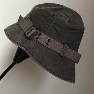 Nine West buckle bucket hat